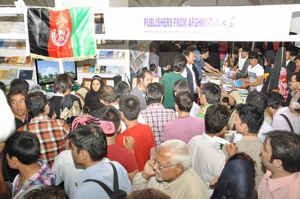 Photo of غرفه خانه ادبیات افغانستان در نمایشگاه بینالمللی کتاب تهران آغاز به کار کرد